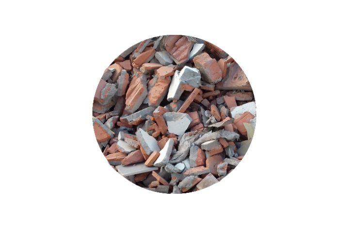 Бой кирпича и керамических изделий